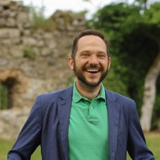 Speaker - Fabian Schmid